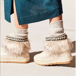 Free People boots 36